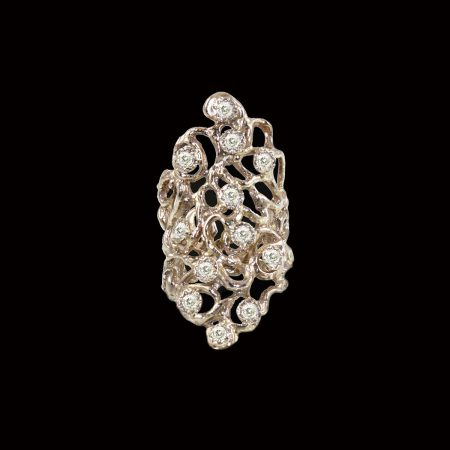 germano-gioielli-luxury-anello-infinity-lungo-diamanti